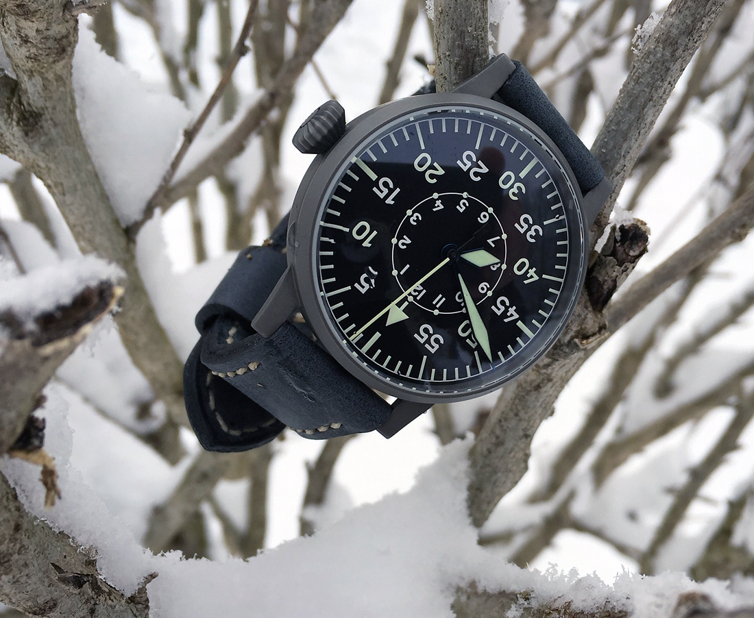 Laco Leipzig on Storm Blue leather with natural stitching. © Roy Railer