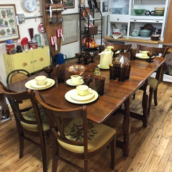 Tell City Dining Room Table, 3 leaves, 8 needlepoint chairs