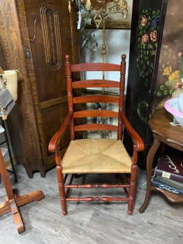 Set of 4 Pennsylvania House Ladder-back Chairs.