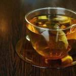 酸化して茶色くなった緑茶