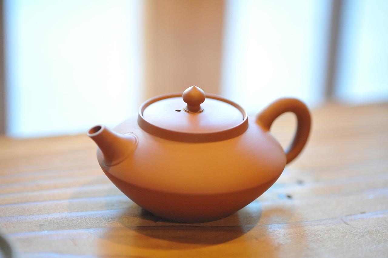 緑茶を淹れるための急須
