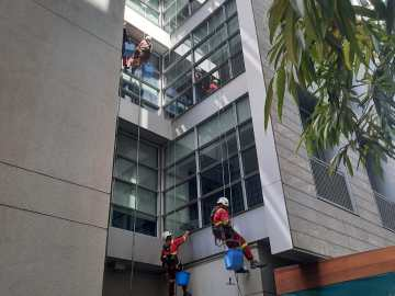 total ozone External facade cleaning