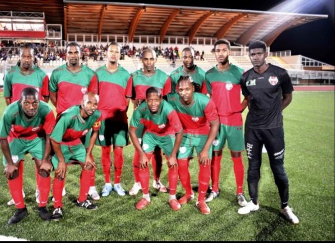 Football -Guadeloupe -21éme journée -R2: poule B/Déplacement périlleux du leader JSVH chez son dauphin USCB – poule A/FC ST FRANÇOIS vs RACING CLUB