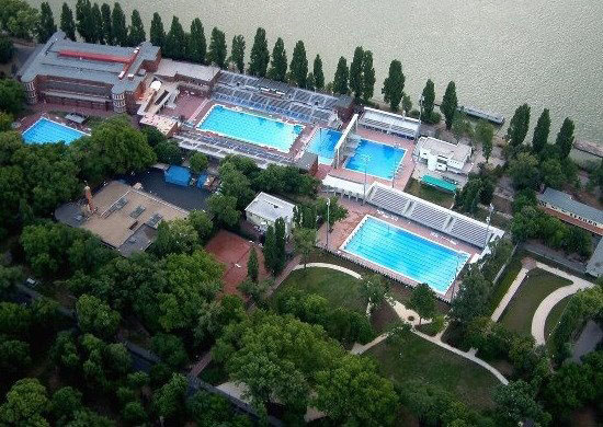 Alfr d haj s national swimming stadium water polo 39 s - Margaret island budapest swimming pool ...