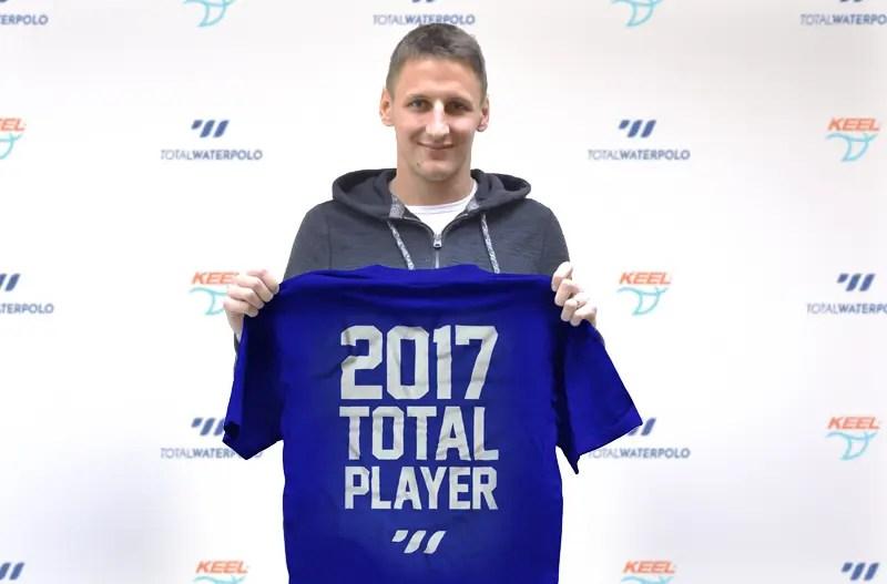 SandroSukno_TotalPlayer2017_Shirt