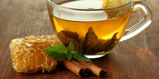 Aneka minuman segar teh hijau madu
