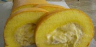 Membuat Kue Bolu Gulung Kering Durian