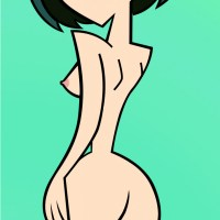 Gwen posing nude - she knows that her sexy ass has a lot of fans out there!