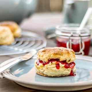 strawberry redcurrant jam