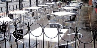 outdoor hospitality furniture