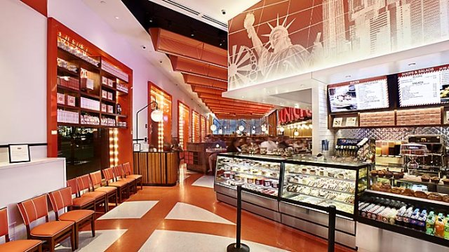 Junior's Restaurant Times Square Broadway