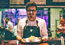 restaurant implementor waiter