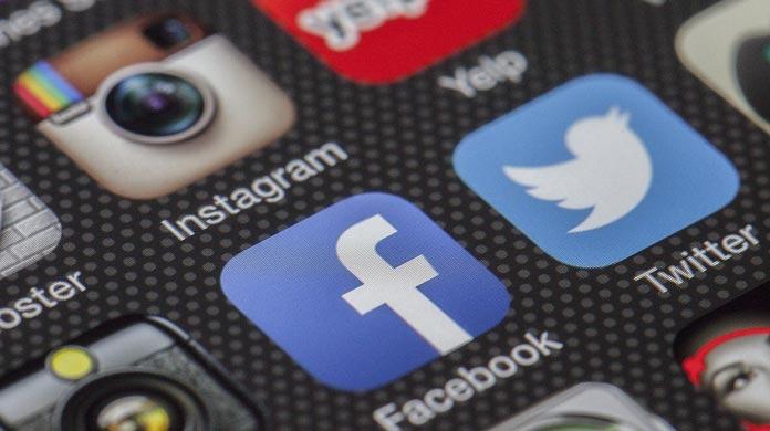 social media marketing facebook twitter instagram