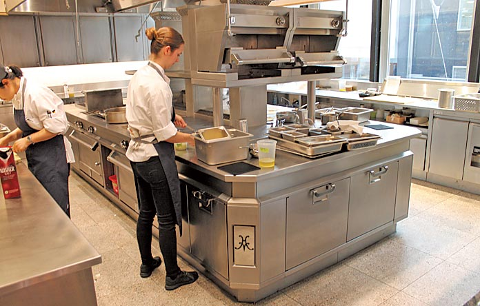 Crown Shy Nyc Behind The Kitchen Design Total Food Service