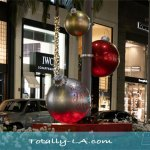 The Beautiful Emptiness of Rodeo Drive Christmas 2020