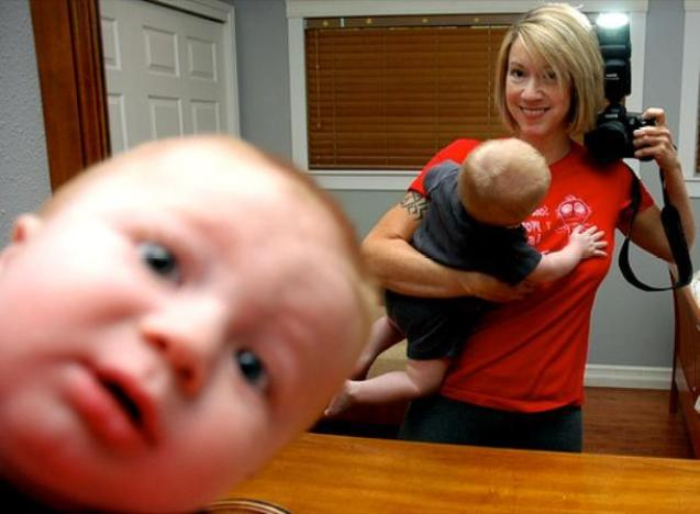 best-photobombs-baby-bomb