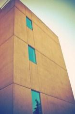 3dba9-0327funkybuilding
