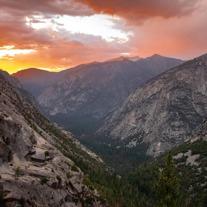 Sunset on Kings Canyon.