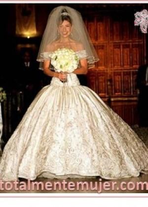 vestido de novia de princesa Thalia