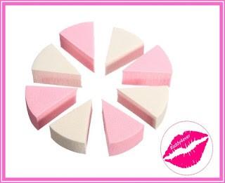 esponajs cosmeticas en forma triangular