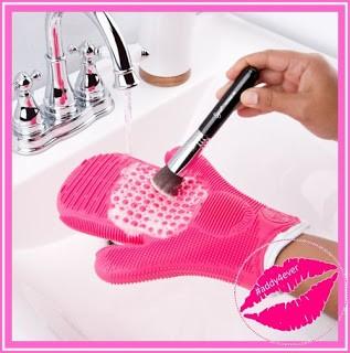 limpiador de brochas para maquillaje