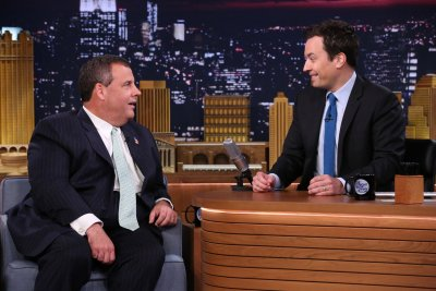 the-tonight-show-starring-jimmy-fallon---season-1-8f56cedef772bb17