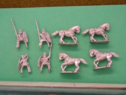 GG09  Gallic Cavalry, mail and clipeus