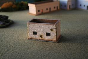R15BH003 Adobe house - small