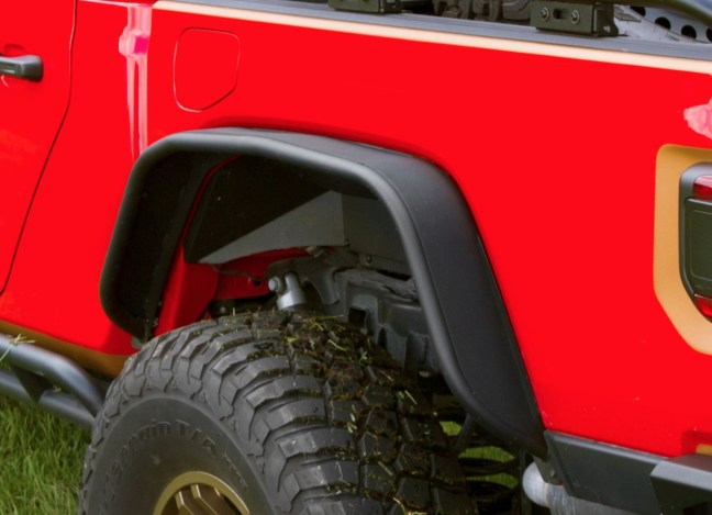 Rugged Ridge Rear Steel Tube Fenders for Jeep Gladiator
