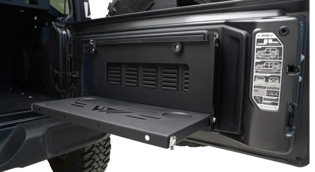 Paramount Automotive: Tailgate Table for Jeep Wrangler JL
