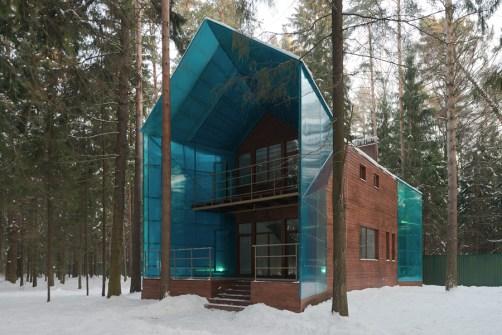 Синий дом. Фотограф - Илья Иванов.