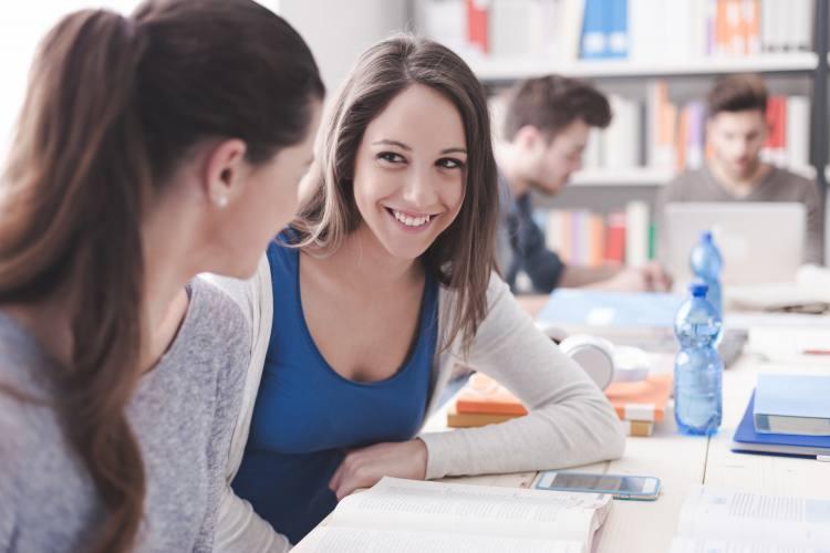 Matricular-se a l'Escola Oficial d'Idiomes