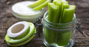 Celery sticks with dip