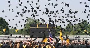 Tips for High School Seniors Preparing for College