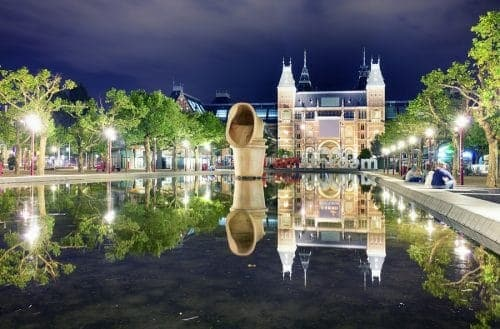 Amsterdam The City That Never Sleeps (3)