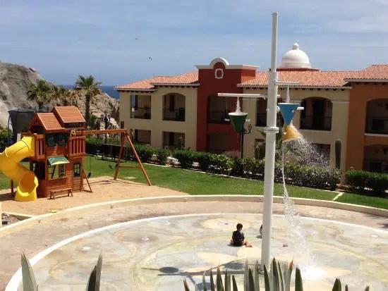 Get Close to Sea Life with a Vacation in Los Cabos, Mexico (1)