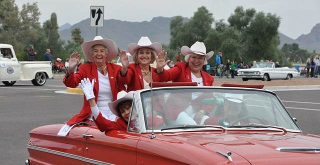 The Biggest Thanksgiving Parade in the Southwest Foutain Hills (3)