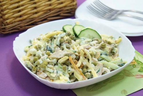 Салат с копченой курицей «Турин» | totrecept.com