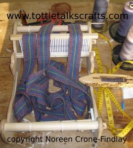 christmas-08-weaving-2