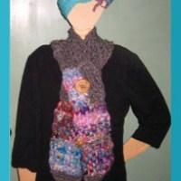 Nifty 'V' and 'U' shape scarves to weave on the potholder loom