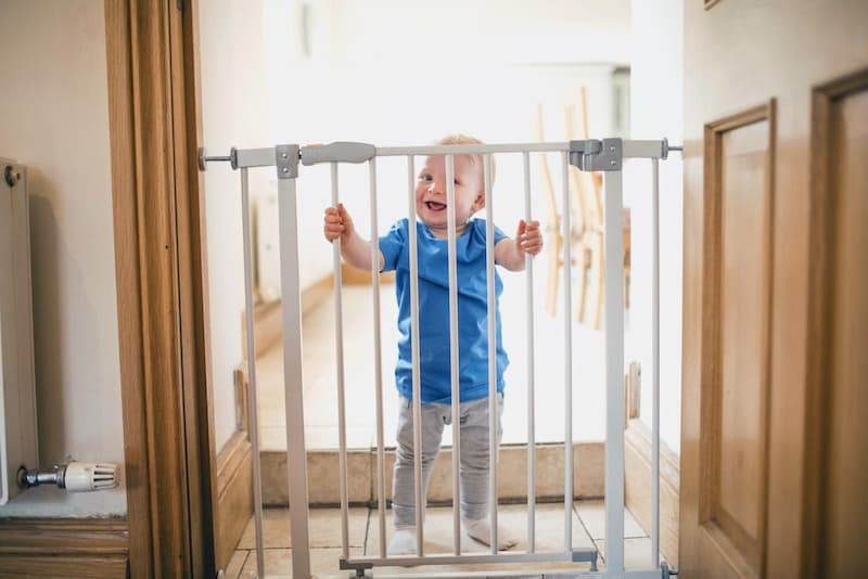 Baby Gates: Complete Guide March 1, 2021