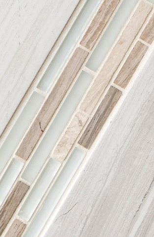 Lucente linear glass and stone decorative mosaic tile « TOUCHDOWN TILE
