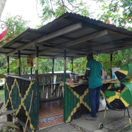 Südküste Jamaika Omars Jerk Grill