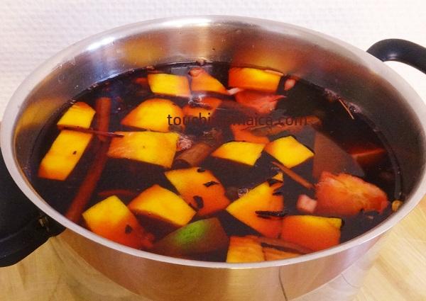 Zutaten für Sorrel Drink- mit heissem Wasser überbrühen und ziehen lassen