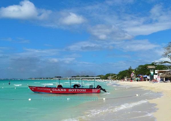 Seven Mile Beach Negril Glasbodenboot