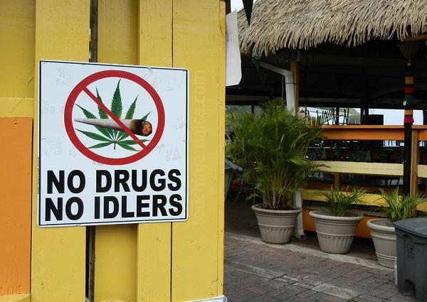 Die Gesetze zum Schutz von Nichtrauchern gelten auf Jamaika auch für Ganja.