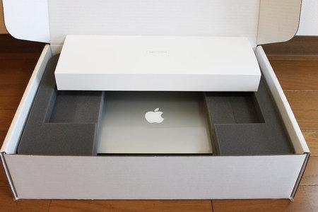 macbook_air_refurbished_1.jpg