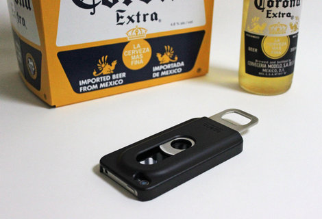 iphone_bottle_opener_opena_9.jpg