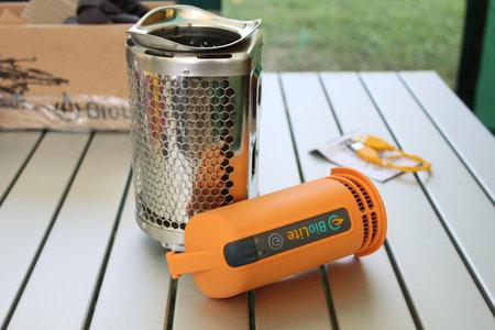 biolite_bio_fuel_usb_charger_iphone_review_2.jpg