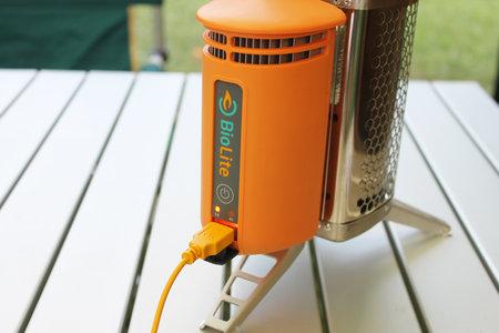 biolite_bio_fuel_usb_charger_iphone_review_5.jpg